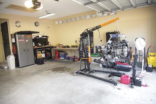 Finished garage joshua 39 s side of the garage cristina for Garage new s villejuif