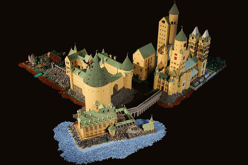 Hogwarts | by Bippity Bricks