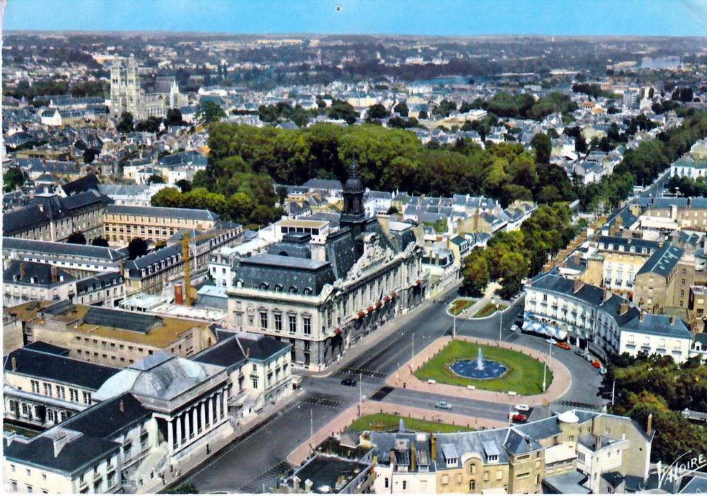 Tours indre et loire touraine palais de justice et h te for Hotels tours