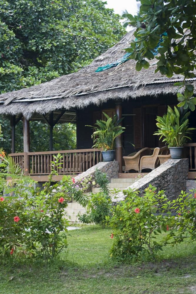 Seychelles maison du film emmanuelle sur l 39 le de la di for Agnes b la maison sur l eau
