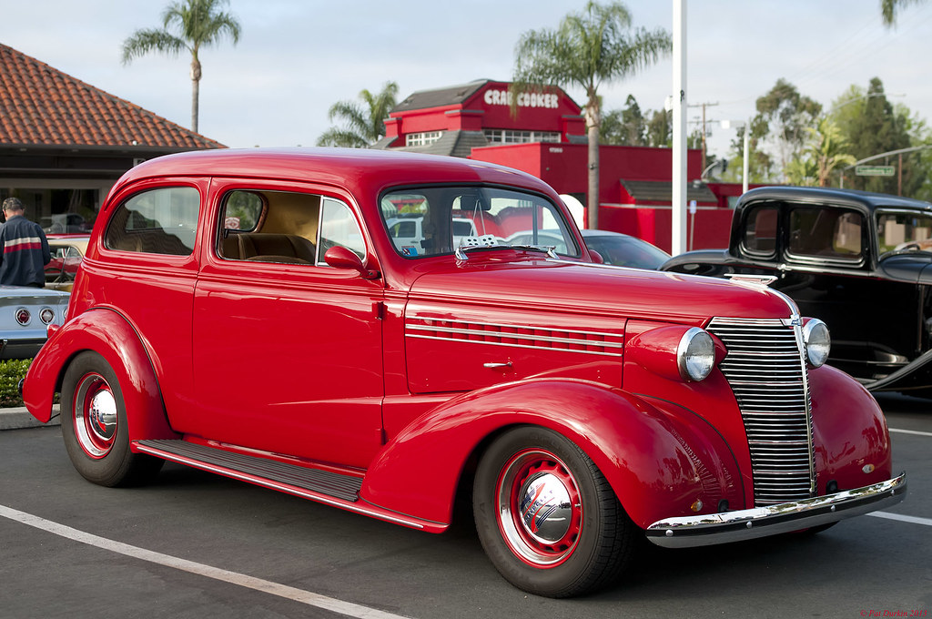 1938 chevrolet master deluxe coach 2 door sedan front for 1938 chevrolet 2 door sedan
