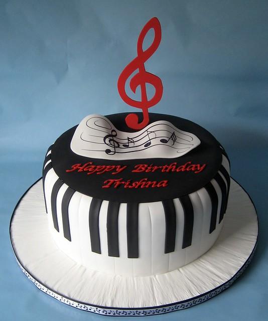 Piano keys cake   Flickr - Photo Sharing!