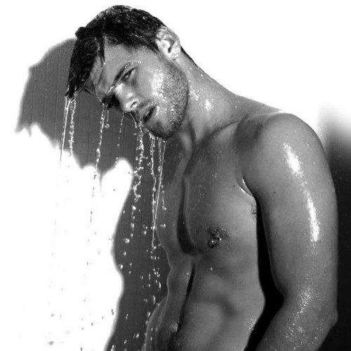 hot lebanese in shower
