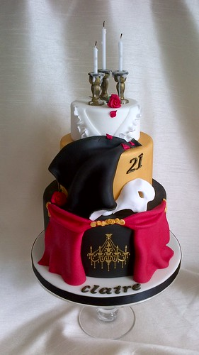 Opera Cake Decor : Phantom of the Opera Cake And today s lesson from Julia ...