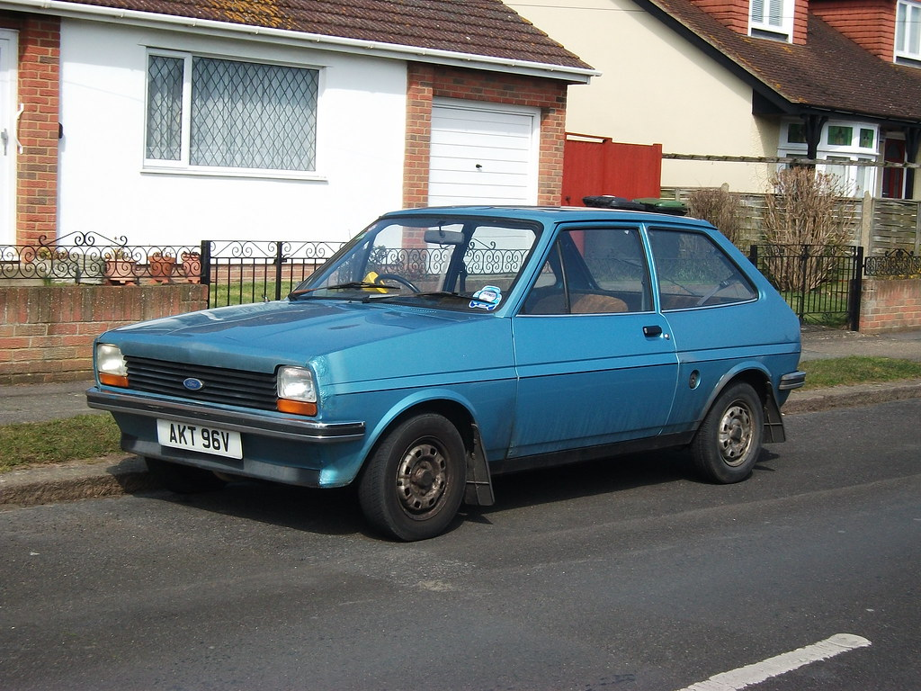1980 ford fiesta 1 1l i caught this one nearing on a. Black Bedroom Furniture Sets. Home Design Ideas