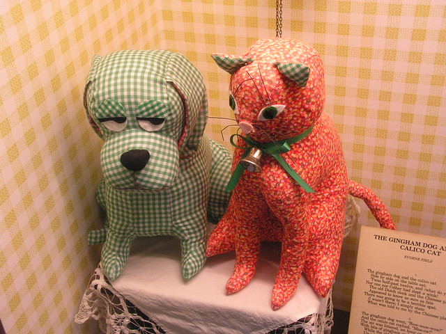 The Gingham Dog And The Calico Cat Song Lyrics