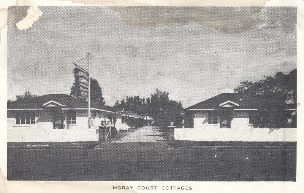 Moray Court Cottages - St. Petersburg, Florida