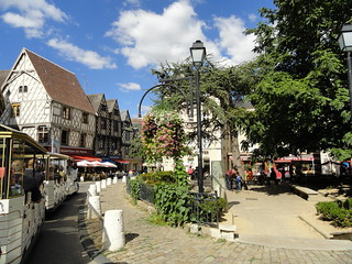 Place gordaine place gordaine office de tourisme de bourges flickr - Office de tourisme bourges ...