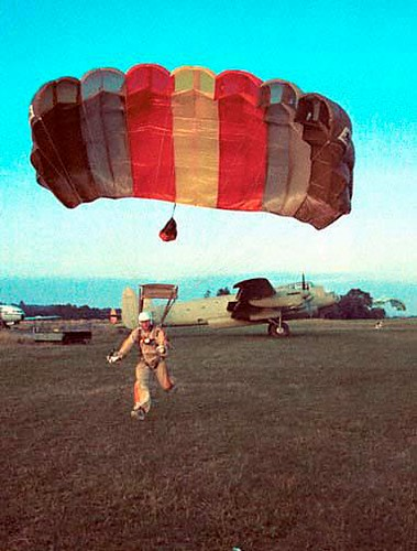 1030 | by Vintage Parachute Gear