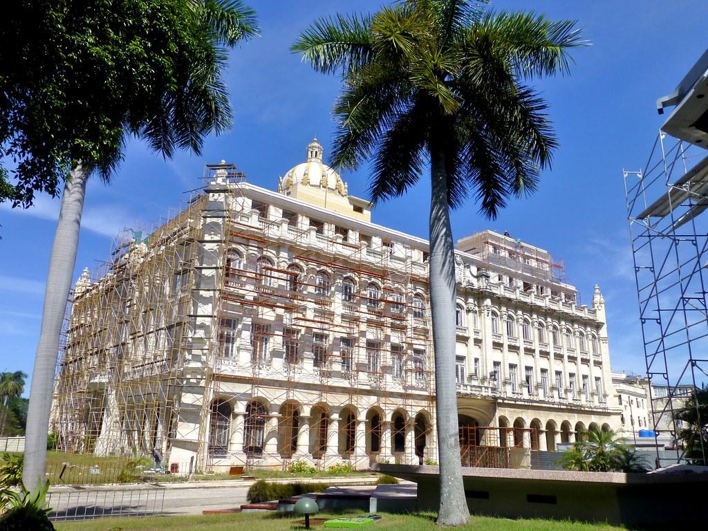 Museo de la Revolución (antiguo Palacio Presidencial) - La Habana, Cuba
