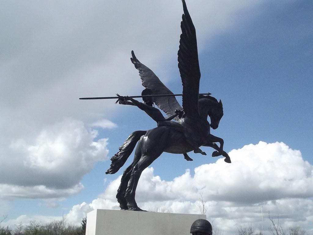 national memorial arboretum parachute regiment pegasus