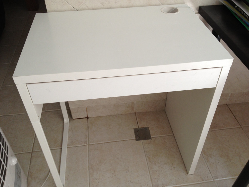 white pretty desks of ikea computer micke warm small desk design best