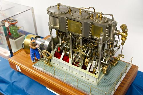Modèle réduit Gervais de machine à vapeur triple expansion