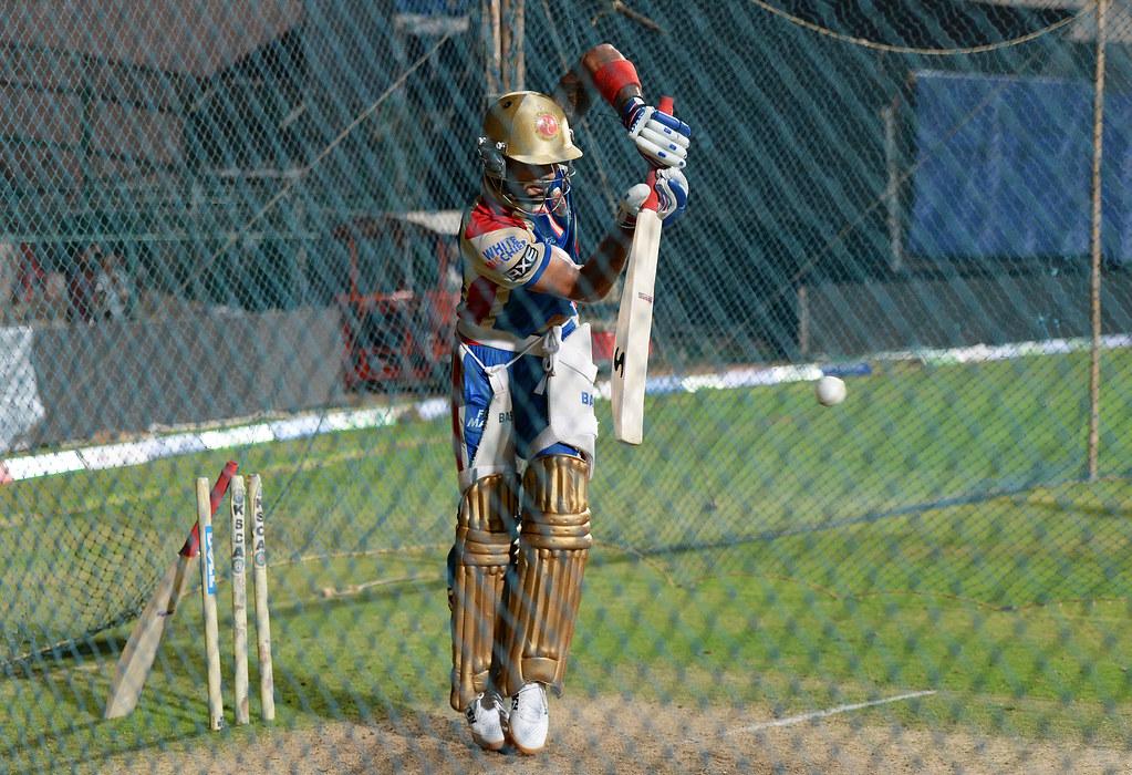 Virat Kohli Batting Images Captain Virat Kohli Batting in