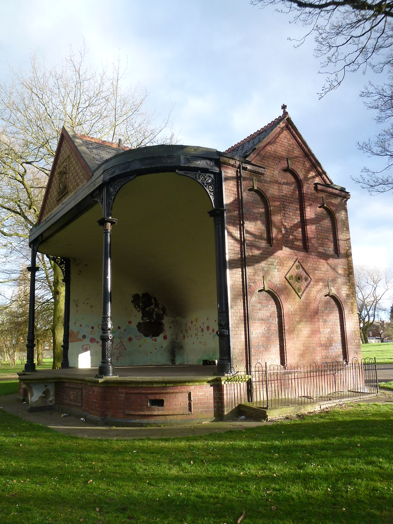 Summerfield Park: bandstand | by John Steedman
