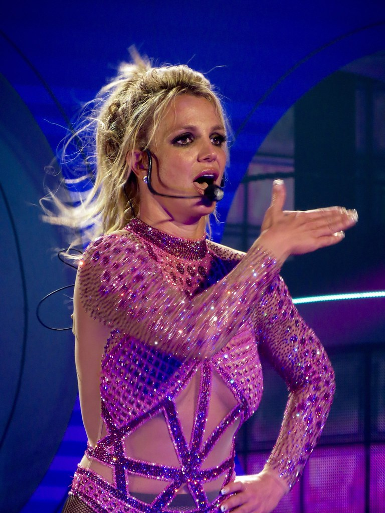 picture 6. Britney Spears