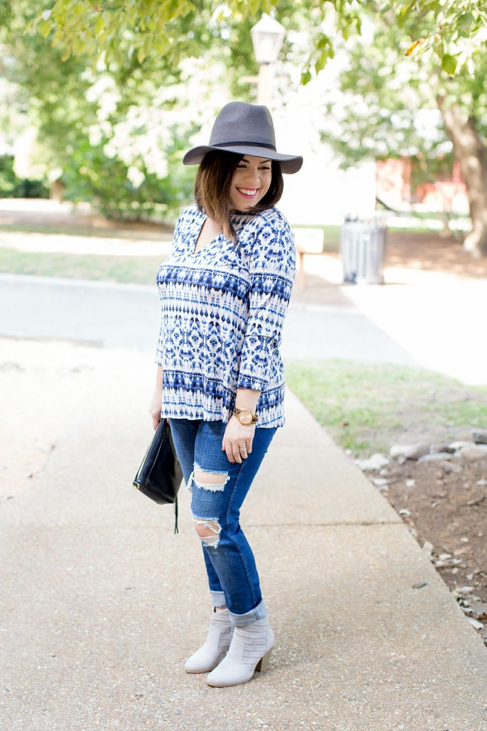 Head to Toe Chic-fall top-@akeeleywhite