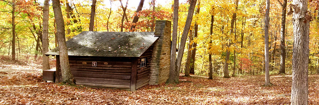 My cabin 5 in october letchworth state park finger lakes for Cabins near letchworth state park