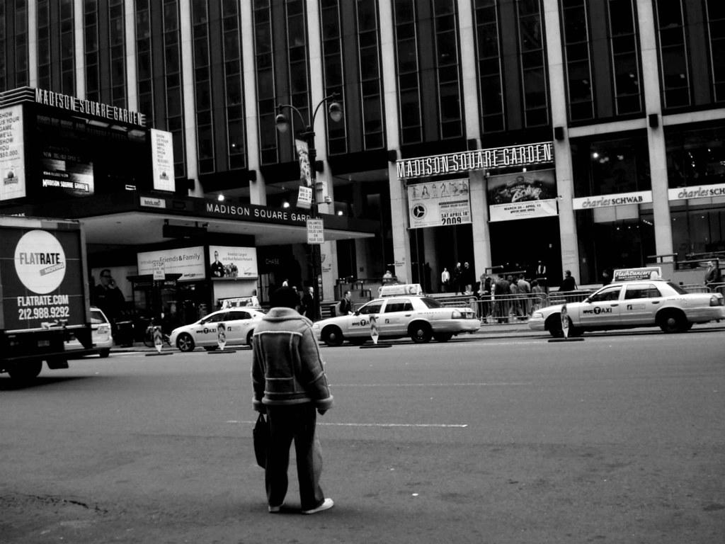 Madison Square Garden Street Cross Robert S Flickr