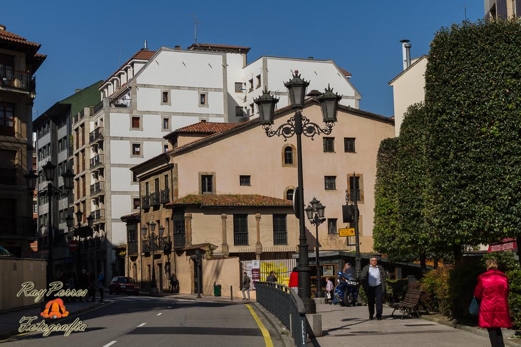 La casa del pueblo en la calle jovellanos de oviedo astur flickr - Casa de asturias madrid ...