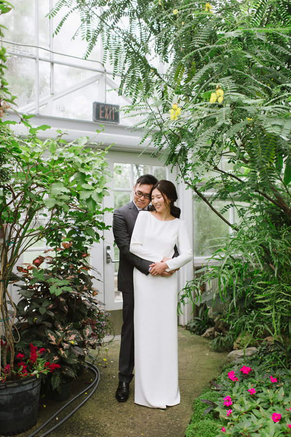 Celine Kim Photography Allan Gardens Auberge du Pommier romantic intimate restaurant Toronto fall wedding-18