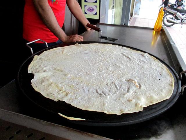 Making roti paratha 3