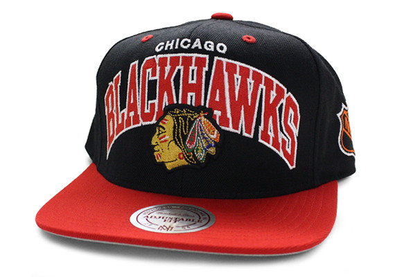427463020fe ... Blackhawks Snapbacks Hats Mitchell Ness NHL Chicago Caps Arch