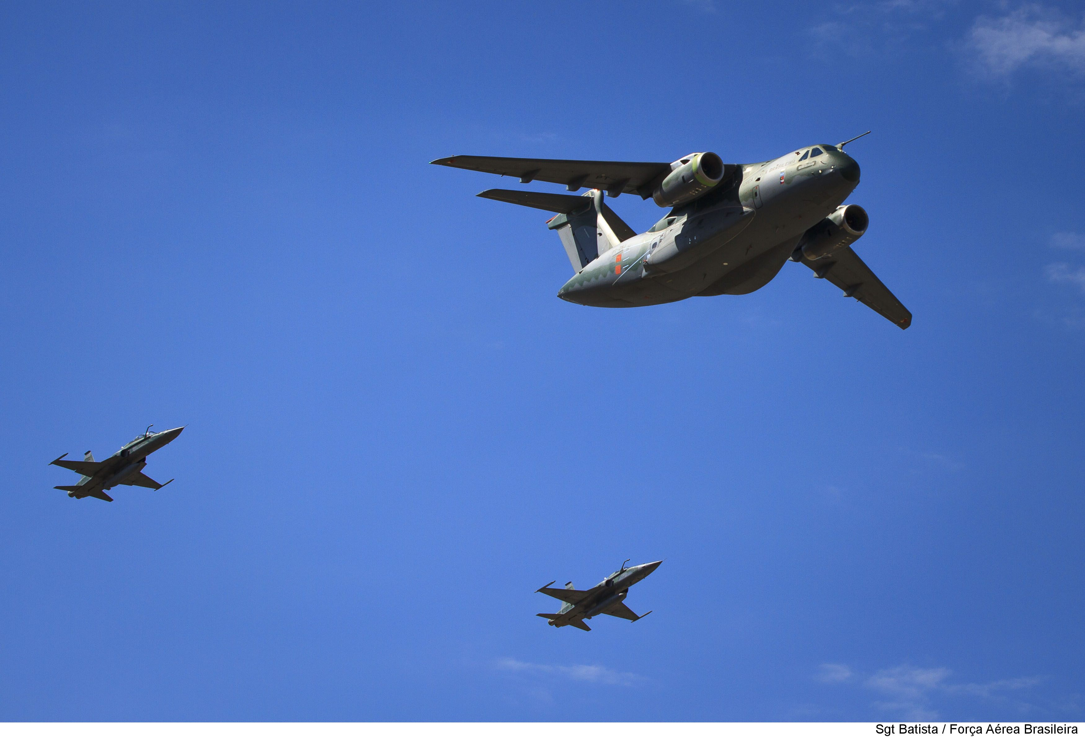 EMBRAER KC-390  - Página 3 29522377355_3dc21667c1_o