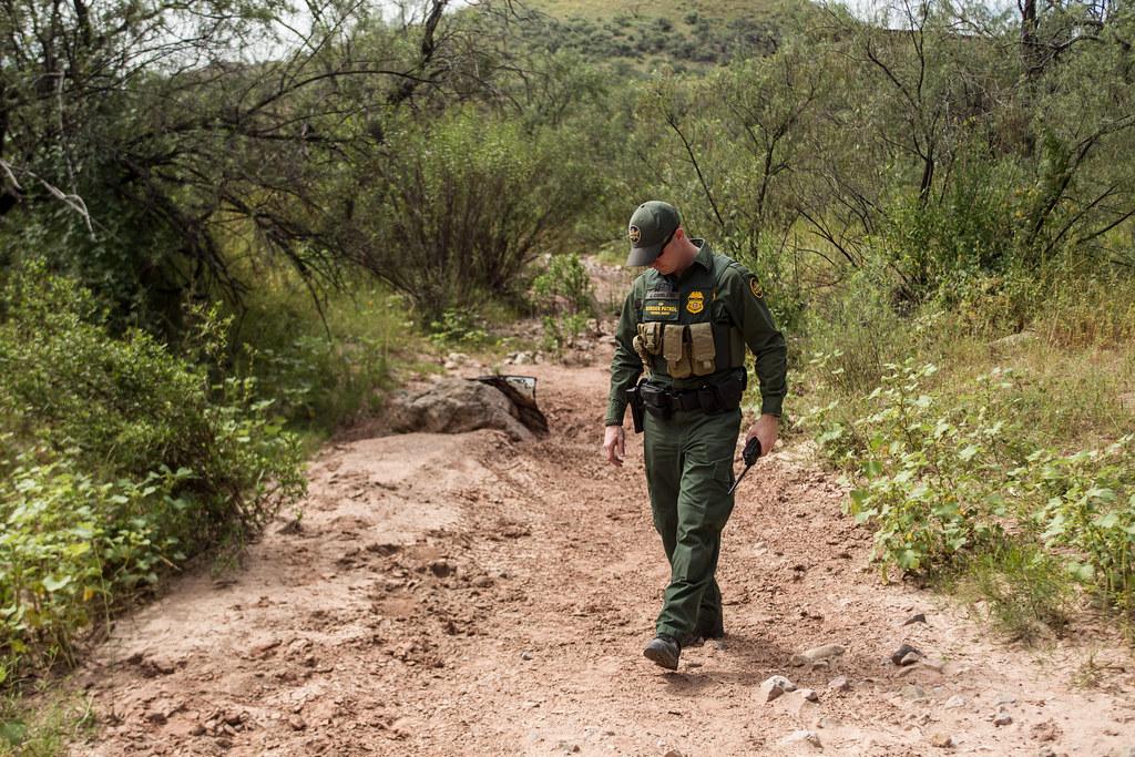Us Border Patrol Pay Chart: BP Agent 1 (Nogales) | Southwest Border Photos Photographer ,Chart