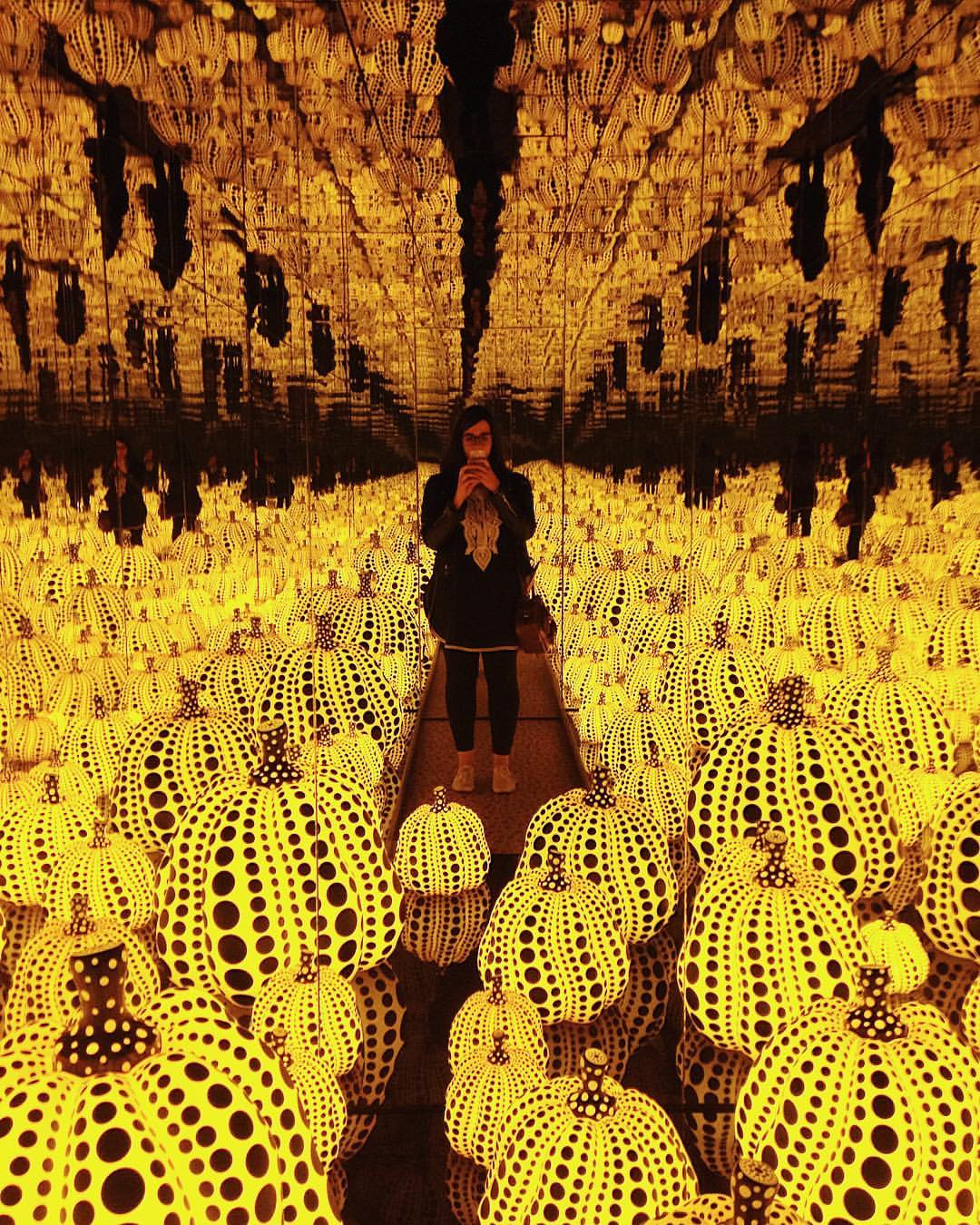 Grateful that #yayoikusama shared her eternal love for pumpkins with #London 🎃 #instakusama