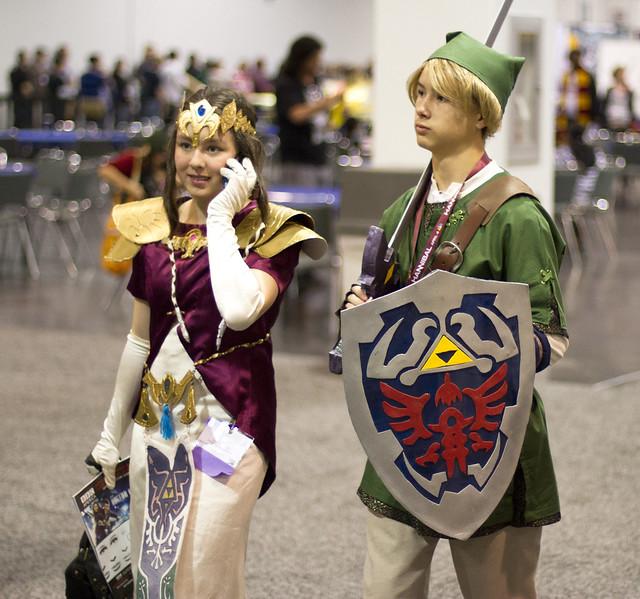 26 trending halloween costume ideas link and zelda halloween costumes solutioingenieria Gallery