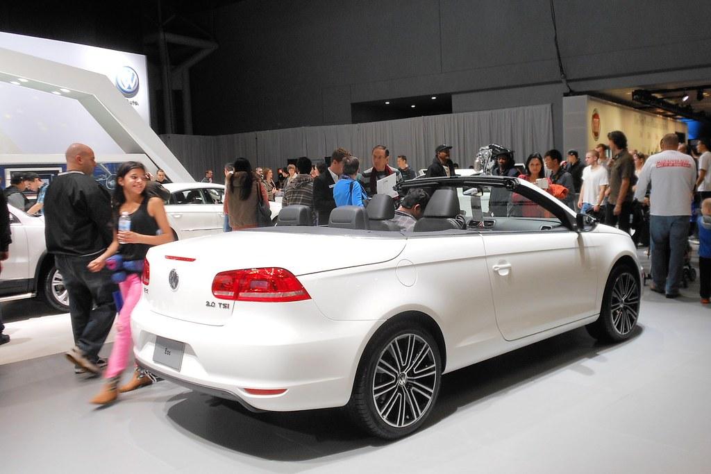 New York Auto Show Volkswagen Eos Despite The Retu Flickr - Eos car show
