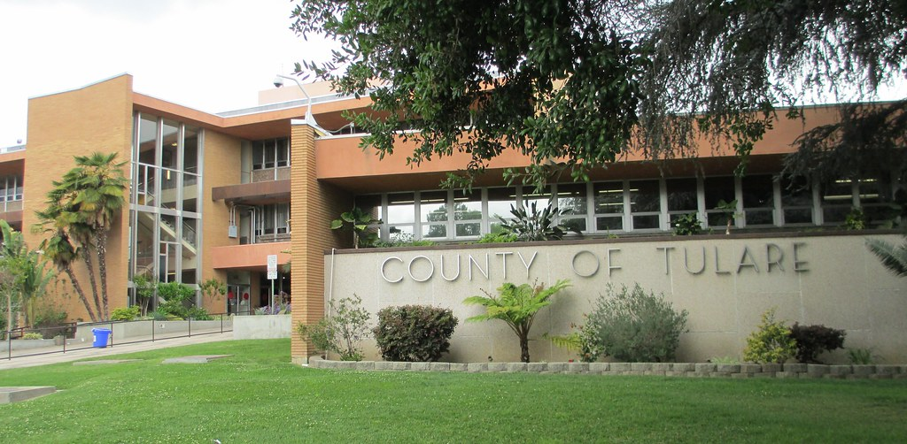 Tulare County Courthouse Visalia California This Post M Flickr
