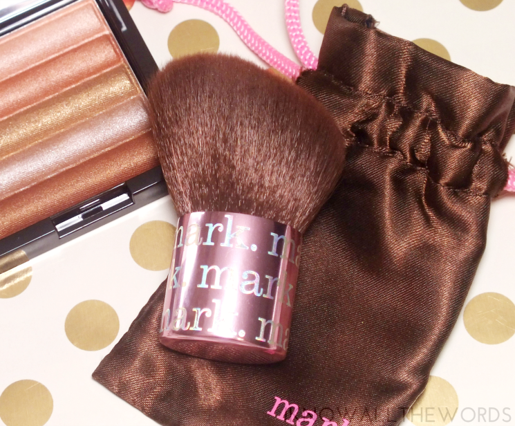 mark angled kabuki face brush