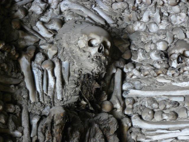Capilla de los huesos de Campo Maior (Alentejo, Portugal)