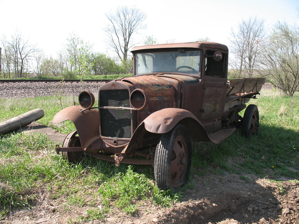 Old Ford Trucks | Autos Post