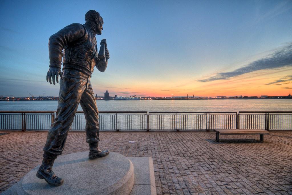 Statue of Captain Frederic John Walker