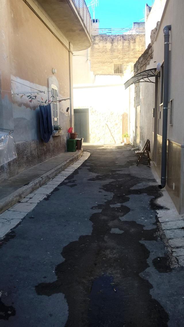 Noicattaro. Via San Corrado intero