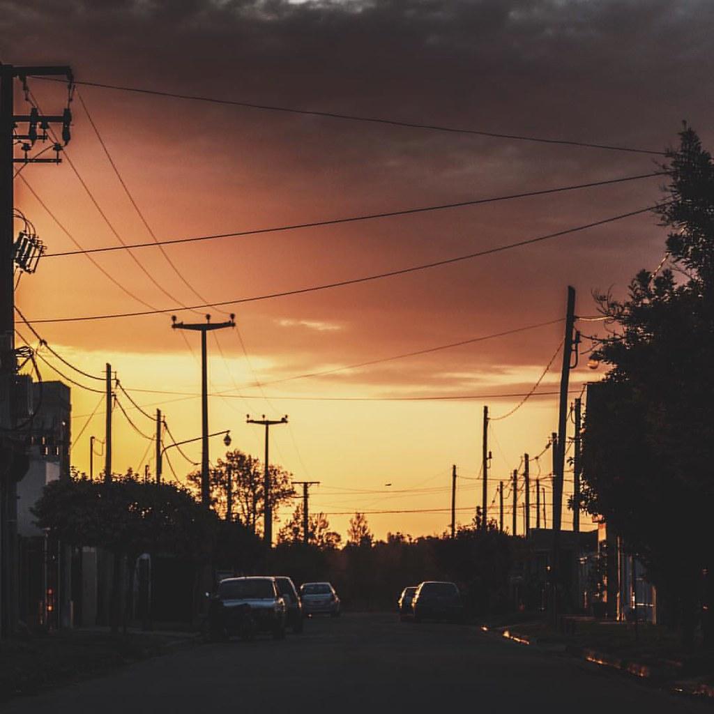   Las arterias de la ciudad   . . #DesdeElOjoDelPibe . . .   by BigZepp