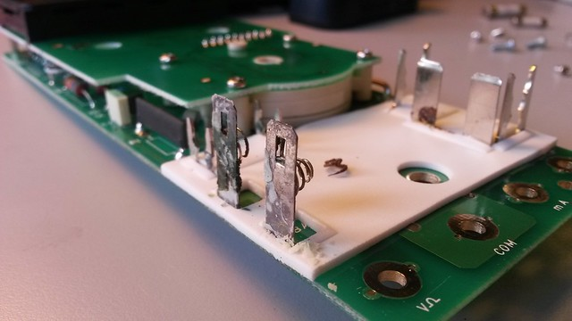Corrosion on the other side. The MX20 is built in a dual PCB layout.