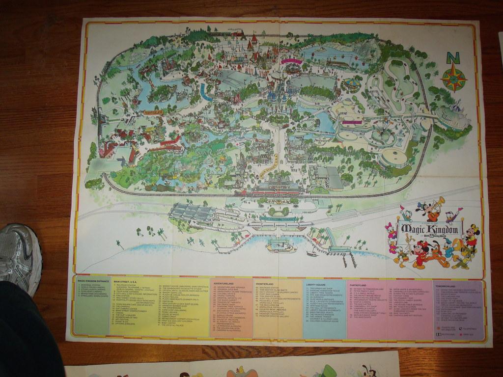 1975 souvenir poster map guide to the magic kingdom of wa flickr souvenir poster map guide to the magic kingdom of walt disney world by freerunsca Gallery