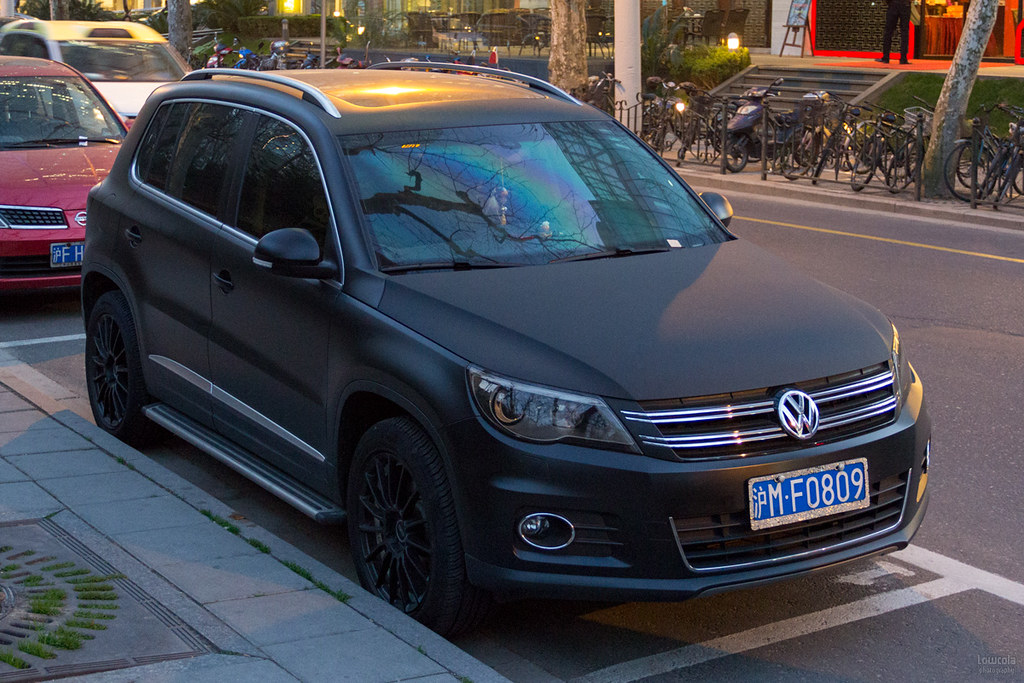 Matte black VW Tiguan | Shanghai 2013 1200 x 800 | Flickr