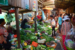 veg vendors, Central Market, Phnom Penh | by stickychopsticks