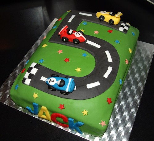 Number  Race Track Cake
