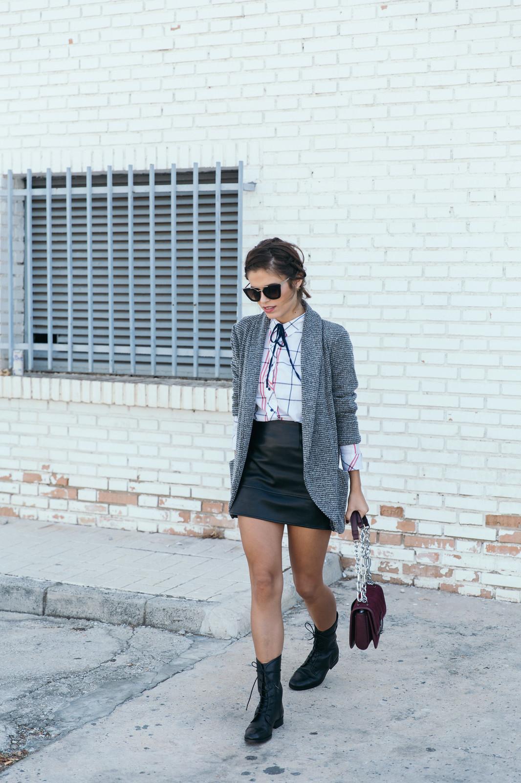 Jessie Chanes Seams for a desire - Black Boots Itshoes Parfois bag faux leather skirt-2