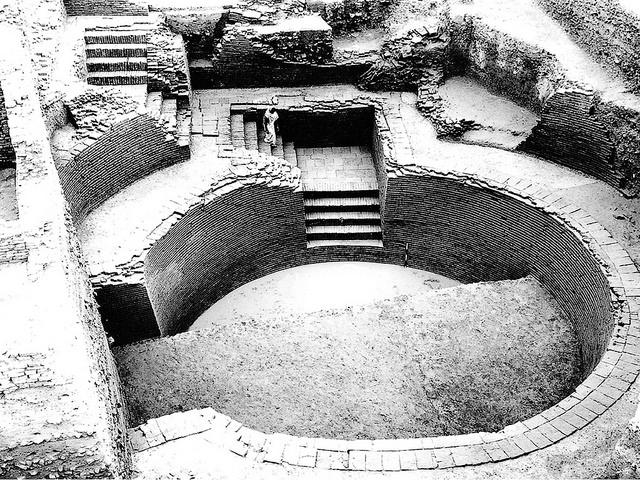 2000 साल से भी अधिक पुराना शृंगवेरपुर तालाब