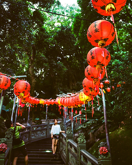 © 2016. Huiji Temple on Zhishan in Shilin District. Sunday, Sept. 4, 2016. Ektar +2, Pentax 6x7.