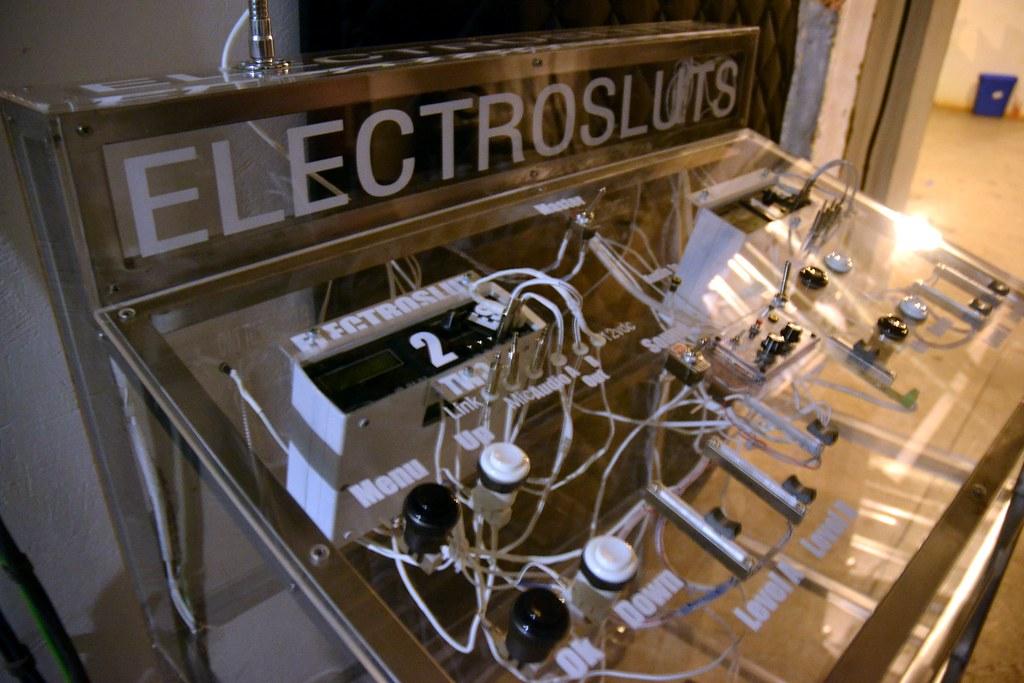 Electrosluts   Jayogen And Daisy Ducati
