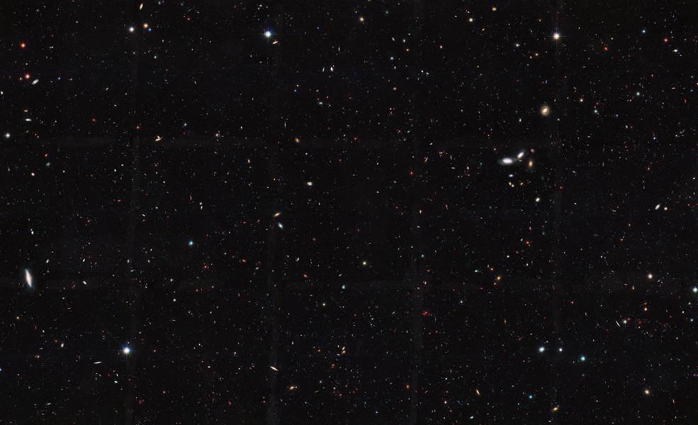 Hubble reveals observable universe contains 10 times more for Immagini universo gratis