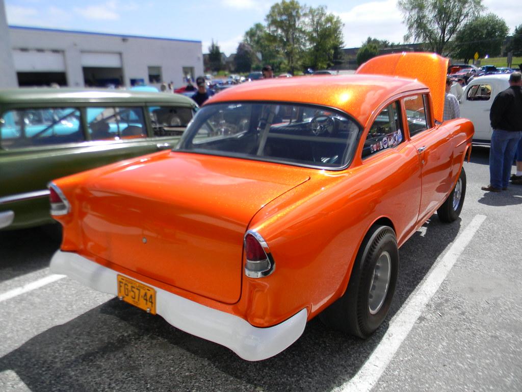 Lace Paint Job Car